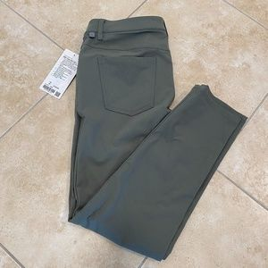 "NWT Lululemon ABC 34 Pant Slim 32""L Retail $128"